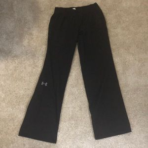 Semi fitted under armor light weight sweat pants